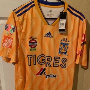 Tigres UANL Home Jersey Gignac #10 M and XL